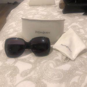 In mint condition YSL black sunglasses